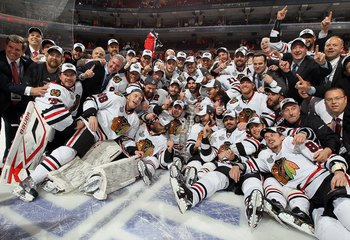 PHILADELPHIA - JUNE 09:  The Chicago Blackhawks pose for a team photo after defeating the Philadelphia Flyers 4-3 in overtime and win the Stanley Cup in Game Six of the 2010 NHL Stanley Cup Final at the Wachovia Center on June 9, 2010 in Philadelphia, Pen