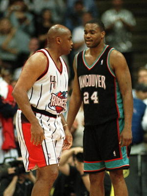 19 Apr 2000:  Forward Charles Barkley #4 of the Houston Rockets and forward Othella Harringtonin of the Vancouver Grizzlies in action during the final game of the season at the Houston Summit in Houston, Texas. This game was Barkeley''s final game in his