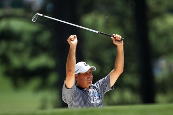 AUGUSTA, GA - APRIL 10:  Fred Couples prepares to play a shot on the first hole during the final round of the 2011 Masters Tournament on April 10, 2011 in Augusta, Georgia.  (Photo by Jamie Squire/Getty Images)