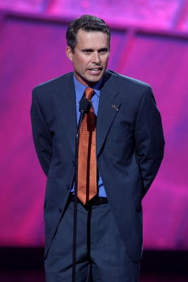 HOLLYWOOD - JULY 11:  Boise State football coach Chris Peterson accepts the award for 'Best Game' onstage during the 2007 ESPY Awards at the Kodak Theatre on July 11, 2007 in Hollywood, California.  (Photo by Kevin Winter/Getty Images)