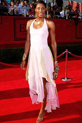 Lisa_leslie_display_image
