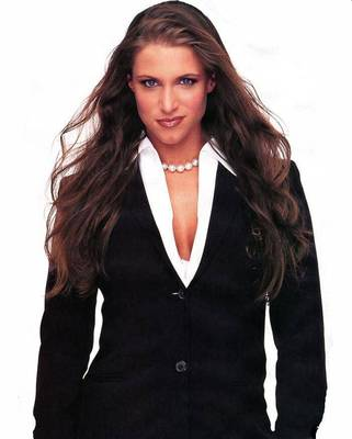 936full-stephanie-mcmahon_display_image