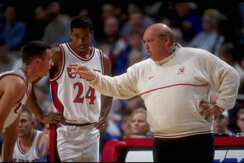 2 Dec 1998:  Coach Rick Majerus of Utah talking to Andre Miller #24 in the huddle during the Great Eight Classic Game against Rhode Island at the United Center in Chicago, Illinois.  Rhode Island defeated Utah 70-63. Mandatory Credit: Jonathan Daniel  /Al