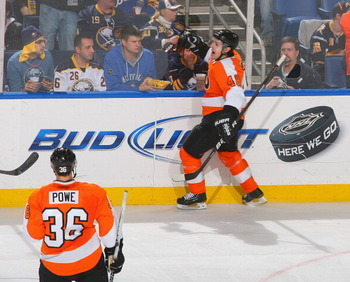 BUFFALO, NY - APRIL 08:  Daniel Briere #48  of the Philadelphia Flyers celebrates scoring Philadelphia's third goal against the Buffalo Sabres  at HSBC Arena on April 8, 2011 in Buffalo, New York.  (Photo by Rick Stewart/Getty Images)