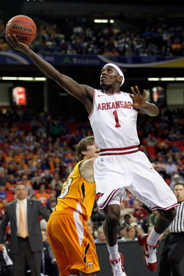 ATLANTA, GA - MARCH 10:  Mardracus Wade #1 of the Arkansas Razorbacks shoots against the Tennessee Volunteers during the first round of the SEC Men's Basketball Tournament at the Georgia Dome on March 10, 2011 in Atlanta, Georgia.  (Photo by Kevin C. Cox/