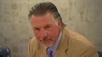 The Clear Cut Best Flow In Hockey Has To Go Barry Melrose He Too Like Many Others On This List Traditional Elegant And Long Flowing Hair That Is