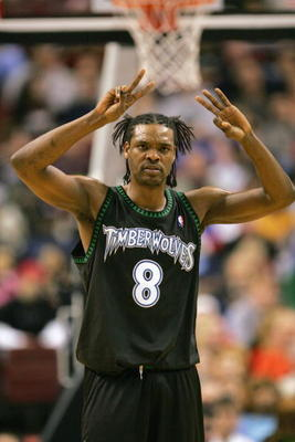 PHILADELPHIA - DECEMBER 8:  Latrell Sprewell #8 of the Minnesota Timberwolves against the Philadelphia 76ers during the game at the Wachovia Center on December 8, 2004 in Philadelphia, Pennsylvania.  The Wolves won 119-84. NOTE TO USER: User expressly ack