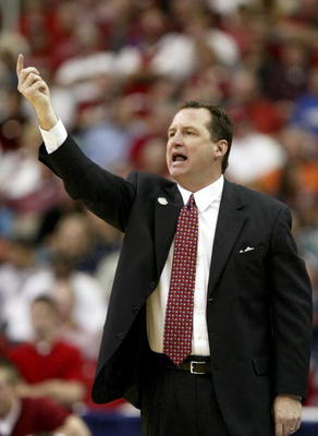 ATLANTA - MARCH 08:  Head coach Mark Gottfried of the Alabama Crimson Tide yells to his team during their game against the Kentucky Wildcats at the Georgia Dome on March 8, 2007 in Atlanta, Georgia.  (Photo by Streeter Lecka/Getty Images)
