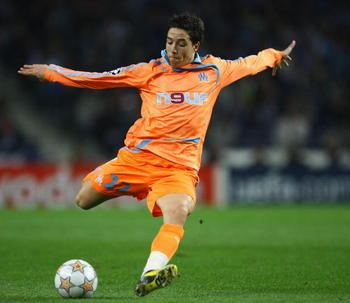 PORTO, PORTUGAL - NOVEMBER 06:  Samir Nasri of Marseille shoots at goal during the UEFA Champions League Group A match between Porto and Marseille at the Dragao stadium on November 6, 2007 in Porto, Portugal.  (Photo by Julian Finney/Getty Images)