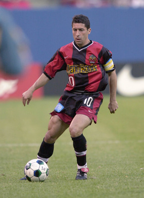 12 May 2001:  Tab Ramos #10 of the New York / New Jersey MetroStars dribbles down field against the Los Angeles Galaxy during the match at Giants Stadium in East Rutherford, New Jersey.  The MetroStars won 2-0  over the Galaxy. DIGITAL IMAGE Mandatory Cre