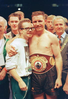 9 SEP 1995:  STEVE COLLINS OF IRELAND CELEBRATES WITH TRAINER FREDDIE ROACH AFTER DEFEATING CHRIS EUBANK OF GREAT BRITAIN IN THEIR WBO WORLD SUPER-MIDDLEWEIGHT TITLE FIGHT HELD IN CORK. Mandatory Credit: Holly Stein/ALLSPORT