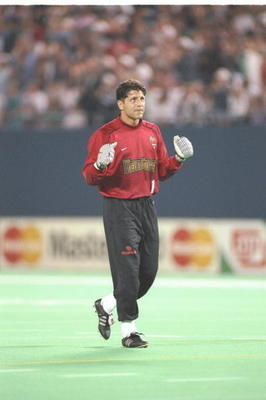 14 Aug 1996:  Tony Meola of the New York/New Jersey MetroStars looks on during a game against the New England Revolution at Giants Stadium in East Rutherford, New Jersey.  The MetroStars won the game, 4-0. Mandatory Credit: Jamie Squire  /Allsport