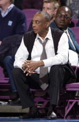 8 Nov 2001:  Head coach John Chaney of Temple observes  the game against Florida in the Coaches vs. Cancer IKON Classic at Madison Square Garden in New York City, New York. Florida won 72-64. DIGITAL IMAGE Mandatory Credit: Ezra Shaw/ALLSPORT