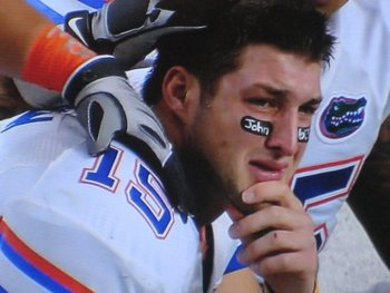 Tebow_crying_at_2009_sec_championship_game_display_image