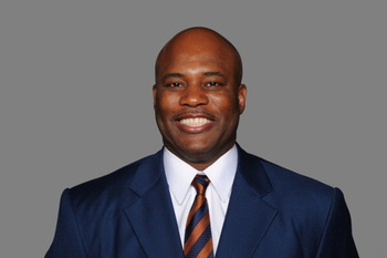 EAST RUTHERFORD, NJ - CIRCA 2010: In this handout image provided by the NFL, Perry Fewell of the New York Giants poses for his 2010 NFL headshot circa 2010 in East Rutherford, New Jersey. (Photo by NFL via Getty Images)