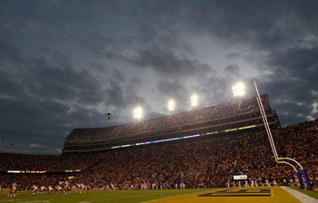 BATON ROUGE, LA - NOVEMBER 20:  A general view of Tiger Stadium during the game betweem the Louisiana State University Tigers and the Ole Miss Rebels on November 20, 2010 in Baton Rouge, Louisiana.  (Photo by Kevin C. Cox/Getty Images)
