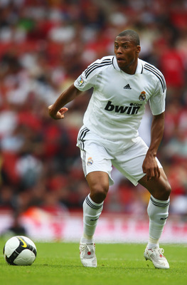 LONDON - AUGUST 02:  Julio Baptista of Real Madrid in action during the pre-season friendly match between SV Hamburg and Real Madrid during the Emirates Cup at the Emirates Stadium on August 2, 2008 in London, England.  (Photo by Jamie McDonald/Getty Imag