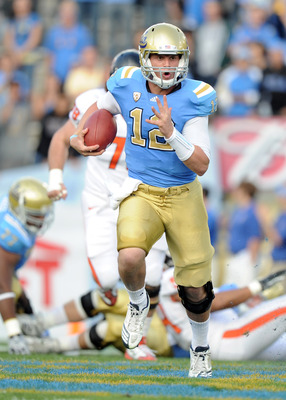 PASADENA, CA - NOVEMBER 06:  Richard Brehaut #12 of the UCLA Bruins runs down field against the Oregon State Beavers at the Rose Bowl on November 6, 2010 in Pasadena, California.  (Photo by Harry How/Getty Images)