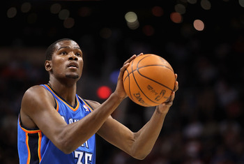 PHOENIX, AZ - MARCH 30:  Kevin Durant #35 of the Oklahoma City Thunder shoots a free throw shot during the NBA game against the Phoenix Suns at US Airways Center on March 30, 2011 in Phoenix, Arizona. The Thunder defeated the Suns 116-98.   NOTE TO USER: