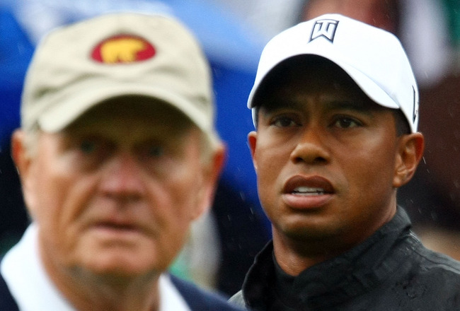 DUBLIN, OH - JUNE 03:  Tiger Woods watches a tee shot as Jack Nicklaus looks on during a skins game prior to the start of the Memorial Tournament at the Muirfield Village Golf Club on June 3, 2009 in Dublin, Ohio.  (Photo by Scott Halleran/Getty Images)