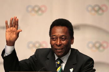 COPENHAGEN, DENMARK - OCTOBER 02:  Brazilian football legend Pele gestures during a press conference after the Rio 2016 presentation on October 2, 2009 at the Bella Centre in Copenhagen, Denmark. The 121st session of the International Olympic Committee (I