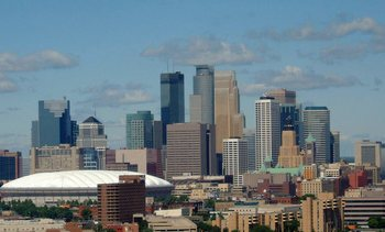 Minneapolis_skyline_daytime_display_image