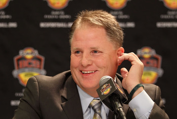 SCOTTSDALE, AZ - JANUARY 09:  Head coach Chip Kelly of the Oregon Ducks speaks to the media during a press conference for the Tostitos BCS National Championship Game against the Auburn Tigers at the JW Marriott Camelback Inn on January 9, 2011 in Scottsda