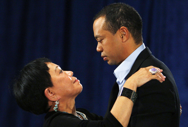 PONTE VEDRA BEACH, FL - FEBRUARY 19:  Golfer Tiger Woods hugs his mother Kultida Woods after making a statement from the Sunset Room on the second floor of the TPC Sawgrass, home of the PGA Tour on February 19, 2010 in Ponte Vedra Beach, Florida. Woods pu