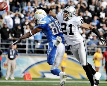 450x364-alg_raiders_chargers_asomugha_floyd_display_image