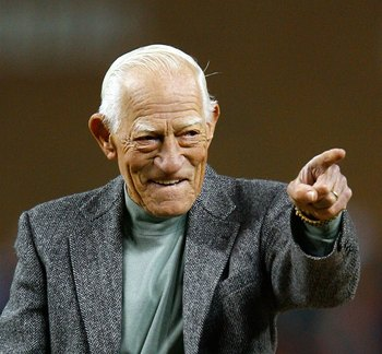 DETROIT - OCTOBER 22:  Former manager of the Detroit Tigers Sparky Anderson gestures prior to throwing out the cerimonial first pitch prior to Game Two of 2006 World Series between the Detroit Tigers and the St. Louis Cardinals October 22, 2006 at Comeric