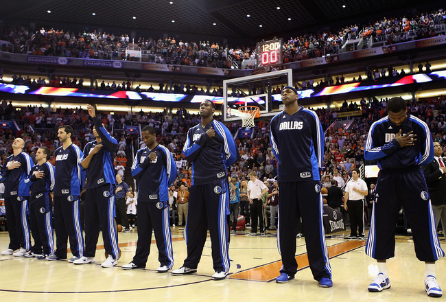 PHOENIX, AZ - MARCH 27:  The Dallas Mavericks before the NBA game against the Phoenix Suns at US Airways Center on March 27, 2011 in Phoenix, Arizona.  The Mavericks defeated the Suns 91-83. NOTE TO USER: User expressly acknowledges and agrees that, by do