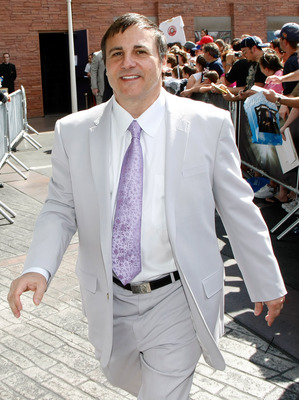 LAS VEGAS - JUNE 18:  Sacramento Kings co-owner Gavin Maloof arrives at the 2009 NHL Awards at the Palms Casino Resort on June 18, 2009 in Las Vegas, Nevada.  (Photo by Ethan Miller/Getty Images)