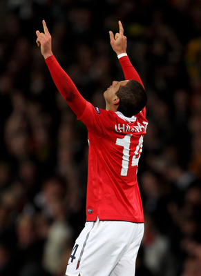 MANCHESTER, ENGLAND - APRIL 12:  Javier Hernandez of Manchester United celebrates scoring the opening goal during the UEFA Champions League Quarter Final second leg match between Manchester United and Chelsea at Old Trafford on April 12, 2011 in Mancheste