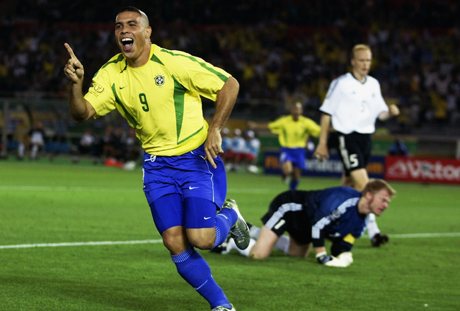 YOKOHAMA - JUNE 30:  Ronaldo of Brazil celebrates after scoring opening goal during the Germany v Brazil, World Cup Final match played at the International Stadium Yokohama in Yokohama, Japan on June 30, 2002. Brazil won 2-0. (Photo by David Cannon/Getty