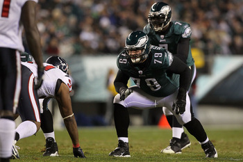 PHILADELPHIA, PA - DECEMBER 02:  Offensive guard Todd Herremans #79 of the Philadelphia Eagles gets set in his stance against the Houston Texans at Lincoln Financial Field on December 2, 2010 in Philadelphia, Pennsylvania.  (Photo by Jim McIsaac/Getty Ima