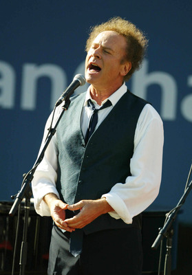 FLUSHING, NY - SEPTEMBER 8: Art Garfunkel performs before Pete Sampras and Andre Agassi take the court during the finals of the US Open September 8, 2002 at the USTA National Tennis Center in Flushing Meadows Corona Park in Flushing, New York.  (Photo by