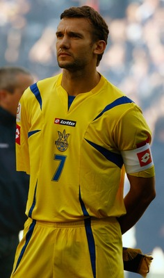 GLASGOW, UNITED KINGDOM - OCTOBER 13: Andriy Shevchenko of the Ukraine before the Euro 2008 Group B qualifying match between Scotland and Ukraine at Hampden Park on October 13, 2007 in Glasgow, Scotland  (Photo by Jeff J Mitchell/Getty Images)