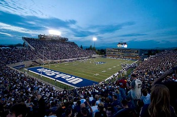 Utahstatestadium_display_image