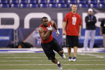 INDIANAPOLIS, IN - FEBRUARY 27: Running back Mark Ingram of Alabama runs with the ball during the 2011 NFL Scouting Combine at Lucas Oil Stadium on February 27, 2011 in Indianapolis, Indiana. (Photo by Joe Robbins/Getty Images)