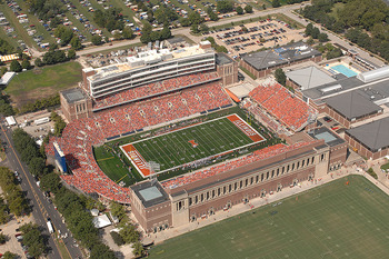 Illinoisstadium_display_image