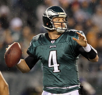 PHILADELPHIA, PA - JANUARY 02:  Kevin Kolb #4 of the Philadelphia Eagles throws a pass against the Dallas Cowboys on January 2, 2011 at Lincoln Financial Field in Philadelphia, Pennsylvania.  (Photo by Jim McIsaac/Getty Images)