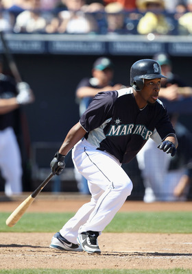 PEORIA, AZ - MARCH 12:  Chone Figgins #9 of the Seattle Mariners bats against the Oakland Athletics during the spring training game at Peoria Stadium on March 12, 2011 in Peoria, Arizona.  (Photo by Christian Petersen/Getty Images)