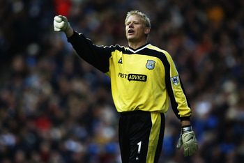 MANCHESTER - OCTOBER 19:  Peter Schmeichel of Manchester City during the FA Barclaycard Premiership match on October 19, 2002 between Manchester City v Chelsea at the Maine Road stadium in Manchester, England. (Photo by Gary M.Prior/Getty Images)