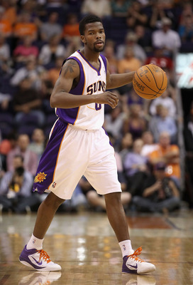 PHOENIX, AZ - MARCH 30:  Aaron Brooks #0 of the Phoenix Suns in action during the NBA game against the Oklahoma City Thunder at US Airways Center on March 30, 2011 in Phoenix, Arizona. The Thunder defeated the Suns 116-98.  NOTE TO USER: User expressly ac