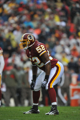 LANDOVER, MD - DECEMBER 12:  Rocky McIntosh #52 of the Washington Redskins defends against the Tampa Bay Buccaneers  at FedExField on December 12, 2010 in Landover, Maryland. The Buccaneers defeated the Redskins 17-16. (Photo by Larry French/Getty Images)