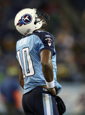 NASHVILLE, TN - DECEMBER 25: Vince Young #10 of the Tennessee Titans reacts on the sidelines after the loss to the San Diego Chargers on December 25, 2009 at LP Field in Nashville, Tennessee. (Photo by Rex Brown/Getty Images)