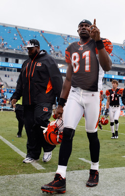 CHARLOTTE, NC - SEPTEMBER 26:  Terrell Owens #81 of the Cincinnati Bengals waves to the crowd after a 20-7 victory over the Carolina Panthers after their game at Bank of America Stadium on September 26, 2010 in Charlotte, North Carolina.  (Photo by Street