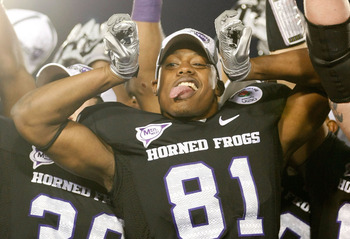 PASADENA, CA - JANUARY 01:  Wide receiver Alonzo Adams #81 of the TCU Horned Frogs celebrates after defeating the Wisconsin Badgers 21-19 in the 97th Rose Bowl game on January 1, 2011 in Pasadena, California.  (Photo by Jeff Gross/Getty Images)