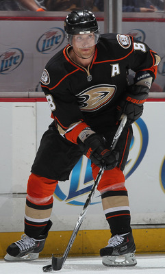 ANAHEIM, CA - APRIL 13:  Teemu Selanne #8 of the Anaheim Ducks skates against the Nashville Predators in Game One of the Western Conference Quarterfinals during the 2011 NHL Stanley Cup Playoffs at Honda Center on April 13, 2011 in Anaheim, California. Th