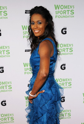 Swincash32ndannualsalutewomensportsek9hkc3os4cl_display_image